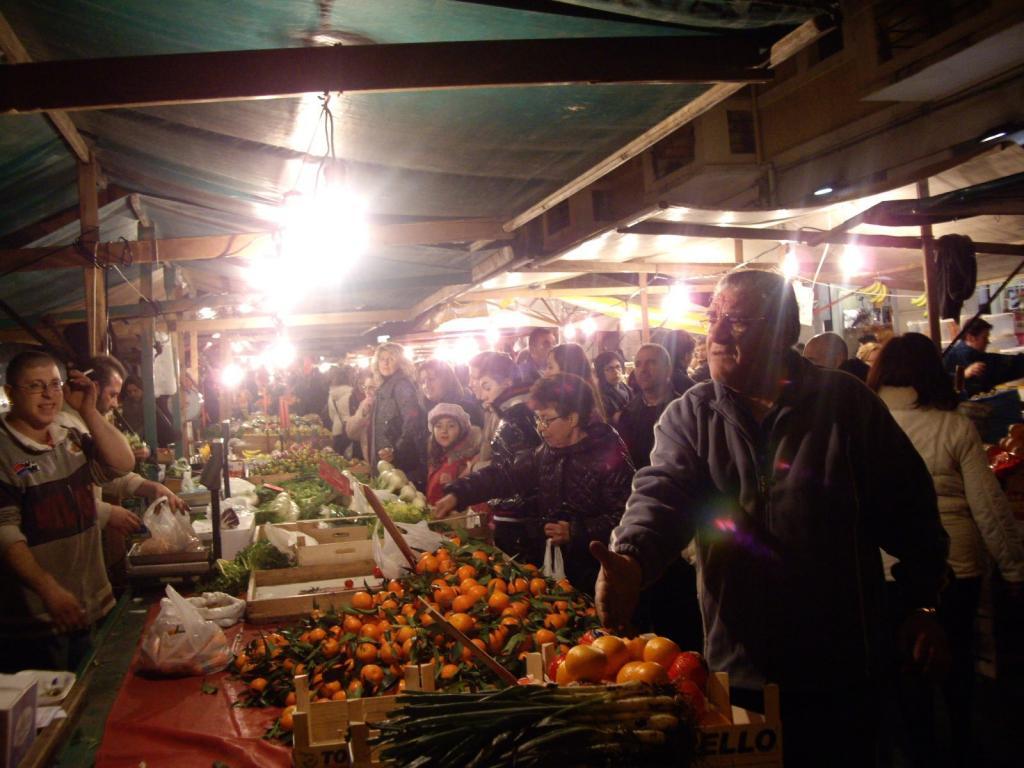 Immagine di Apertura straordinaria di alcuni mercati cittadini di Bari